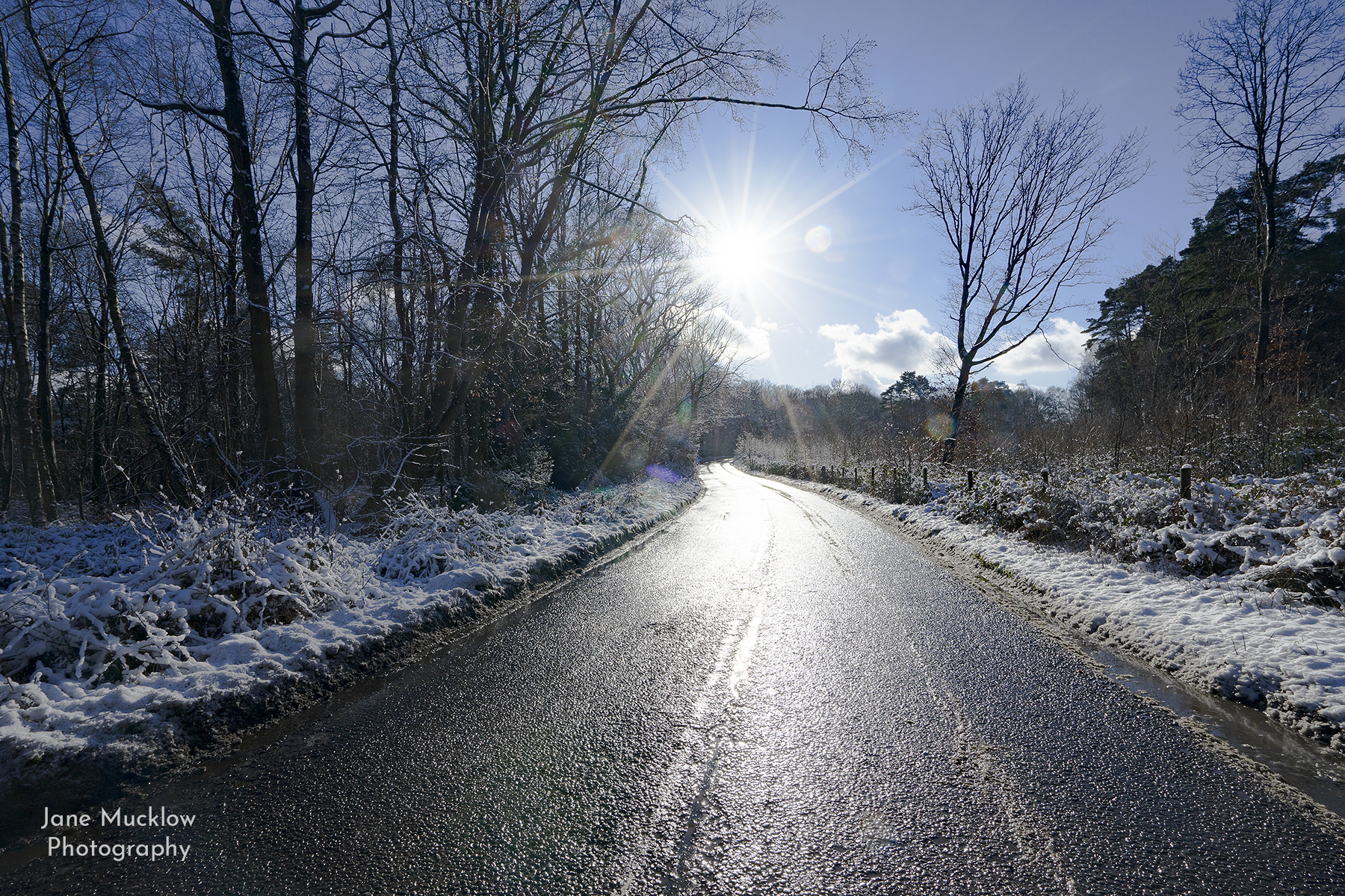 Photo of the road to Ide Hill in the snow, by Jane Mucklow