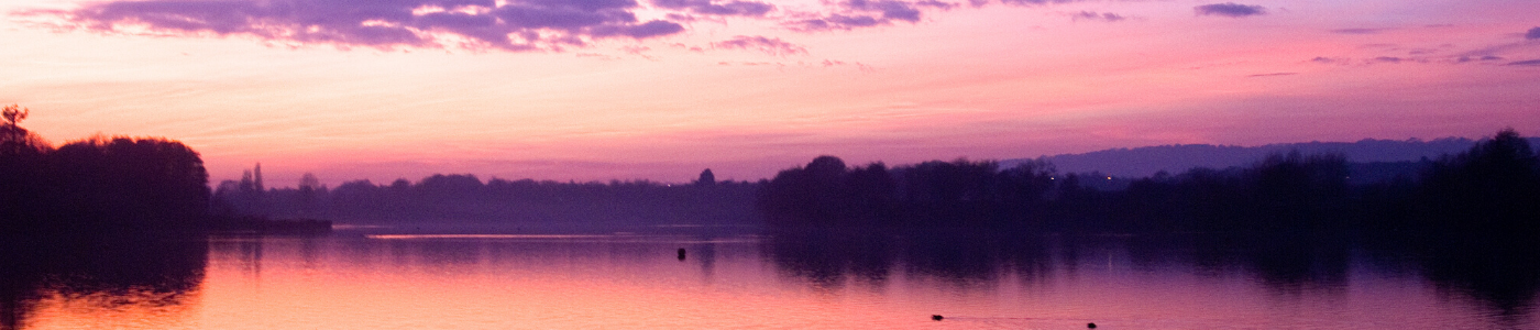 Photo of a purple sunset over Chipstead Lake, Sevenoaks, by Jane Mucklow