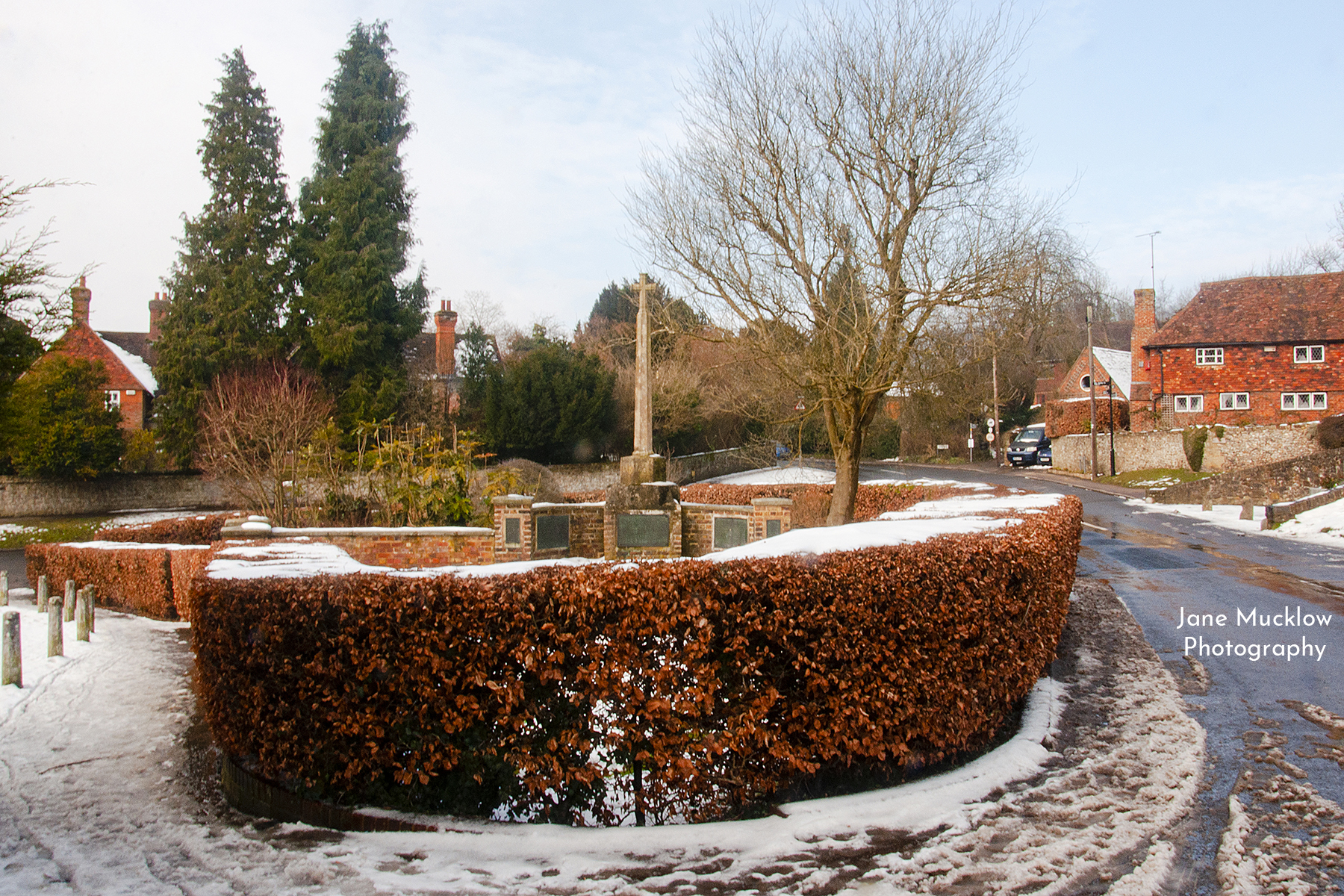 Photo by Jane Mucklow of the war memorial in Kemsing, in the snow
